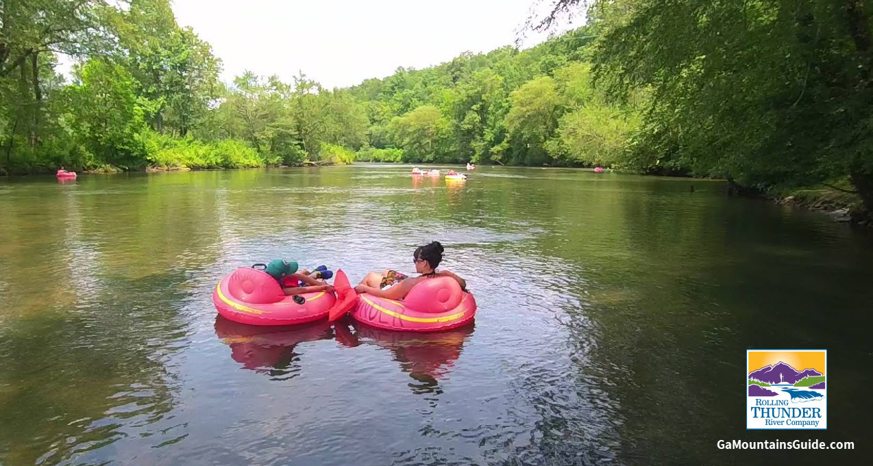 Tubing-Toccoa-River-Rolling-Thunder-River-Company-Georgia-Mountains