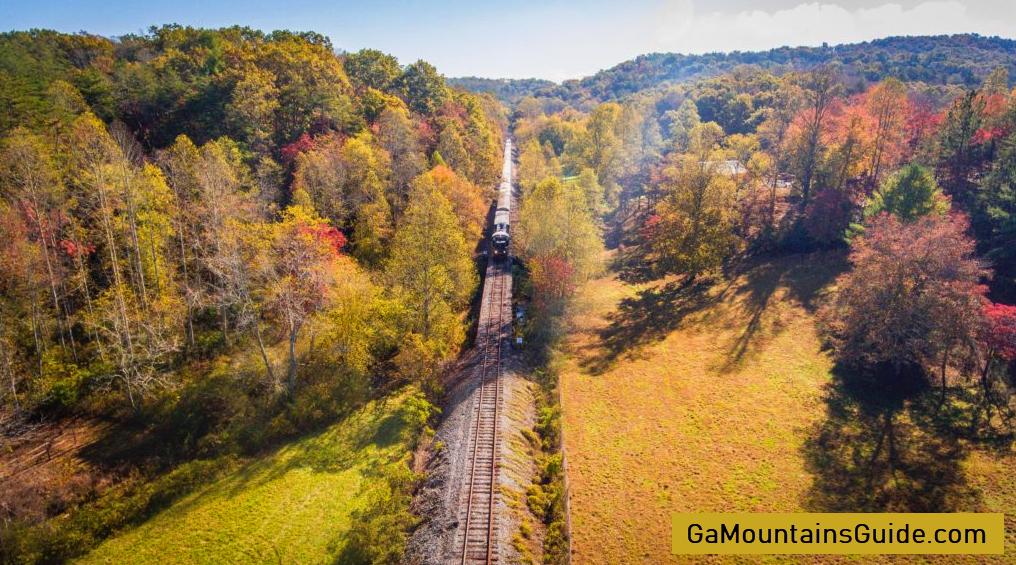 Blue-Ridge-Scenic-Railway-Fall-Foliage-Scenery